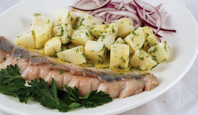 Селедочка с картошкой