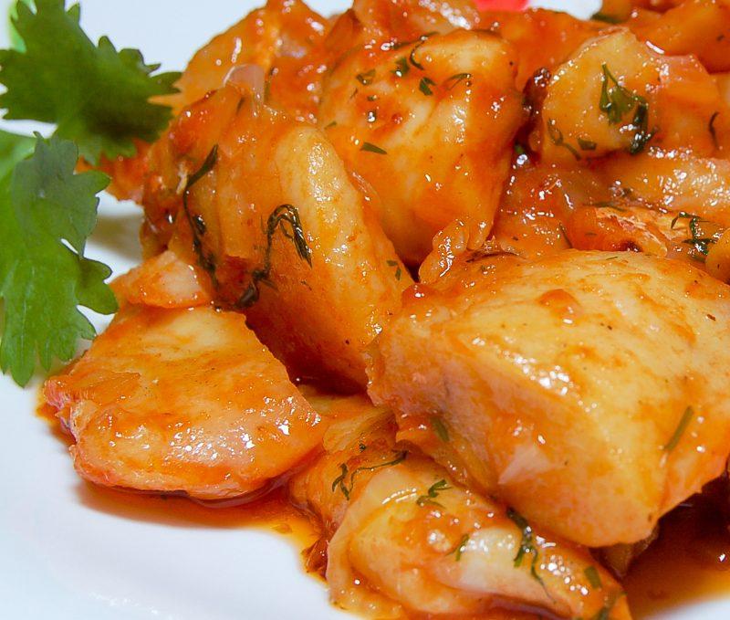 рыба жареная в томатном соусе
